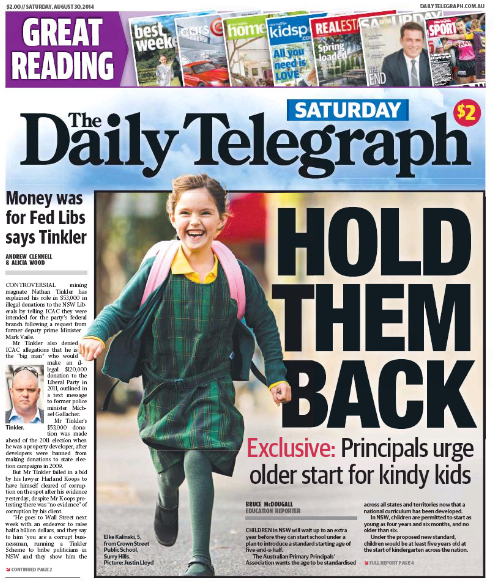 นสพ. the Daily Telegraph ฉบับ 30 ส.ค. 2014 ลงข่าวสมาคมครูใหญ่ผลักดันให้กำหนดเกณฑ์เข้าเรียนที่อายุเด็ก 5 ปี 6 เดือน