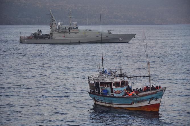 กองทัพเรือออสซี่สกัดจับเรือมนุษย์เมื่อเดือนมินายนที่ผ่านมา