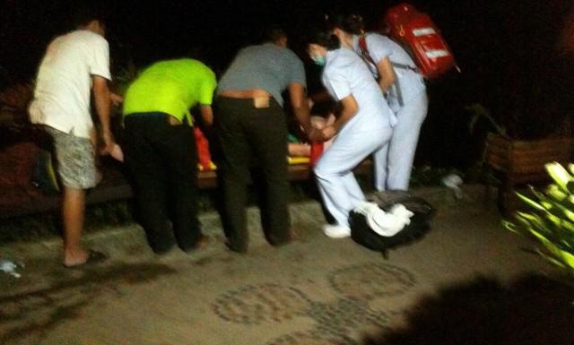 หนึ่งในนักท่องเที่ยวออสซี่ถูกนำส่งโรงพยาบาลสมุย