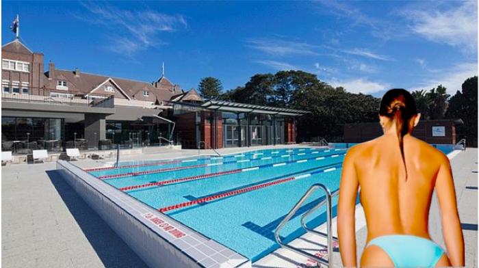 ภาพหญิงสาว (จากโฟโต้ชอป) กับสระว่ายน้ำของสโมสร Royal Sydney Golf Club