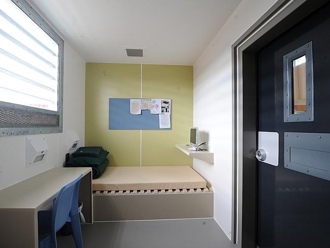 สภาพภายในห้องนอนนักโทษเขาว่าอยู่สภาพกว่าโรงแรมจิ้งหรีด