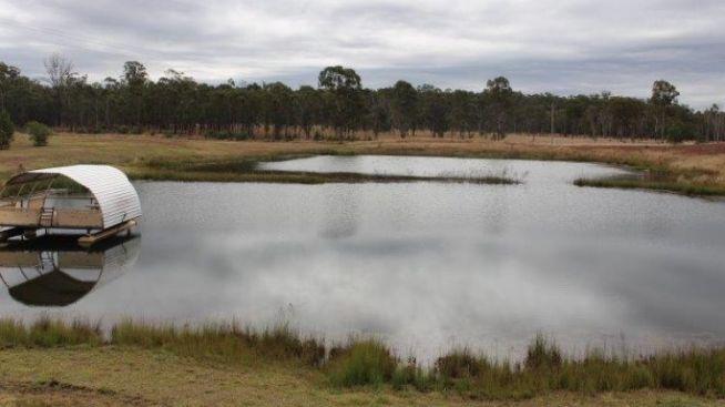 แหล่งน้ำของเมือง Allices Creek : ภาพจากนสพ. SMH ไม่ทราบต้นฉบับ