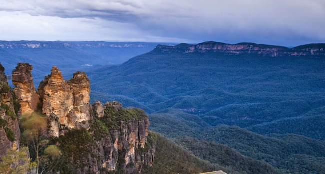 the Tree Sisters ที่ Blue Mountains : ภาพจาก the Lux Traveller