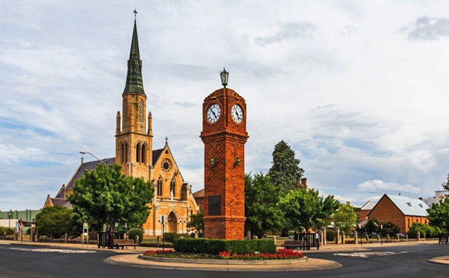 Mudgee Town Clock : ภาพจาก soldiersmotel.com.au