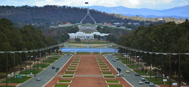 กรุงแคนเบอร์ร่า : ภาพจาก capitalmetro.gov.au