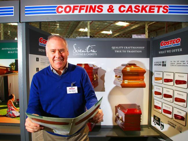นาย Partrick Noone กรรมการผู้จัดการของห้าง Costco : ภาพจากนสพ. the Telegraph ต้นฉบับ Parramatta Advertiser