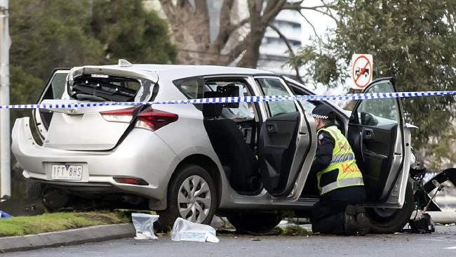 สภาพรถเช่าหลังพุ่งชนน.ส. Tanami Nayler เสียชีวิต : ภาพชั่วคราวจากนสพ. the Telegraph