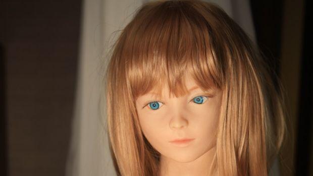 ตุ๊กตายางเด็ก หรือ child sex doll : ภาพจากนสพ. the Age