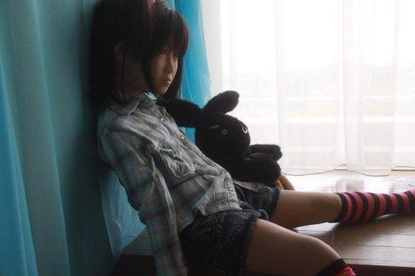 ตุ๊กตายางเด็ก : ภาพจาก twitter.com
