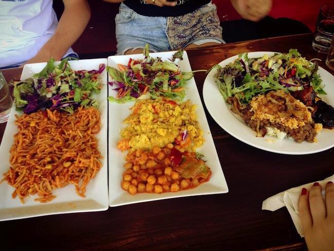 อาหารอย่างนี้ คนเข้ามากินบางคนจ่ายไม่ถึง 3 เหรียญ : ภาพชั่วคราวจาก weekendnote.com