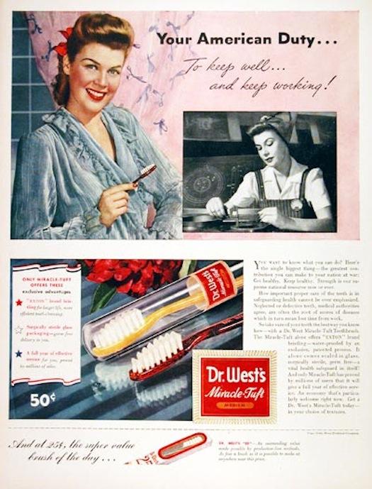 โฆษณาแปรงสีฟันดร.เวสต์ ระบุปีโฆษณา 1943 หรือพ.ศ. ๒๔๘๖