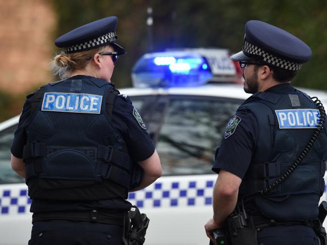 ตำรวจรัฐเซาท์ออสเตรเลีย : ภาพจากนสพ. the Telegraph