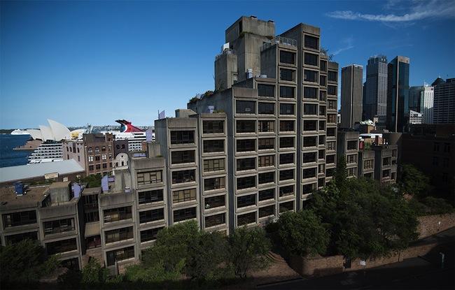อาคาร Sirus ที่พักอาคารสงเคราะห์ของคนจนบนพื้นที่ทำเลทองสำหรับคนรวย (มาก)  : ภาพจาก commercialrealestate.com.au
