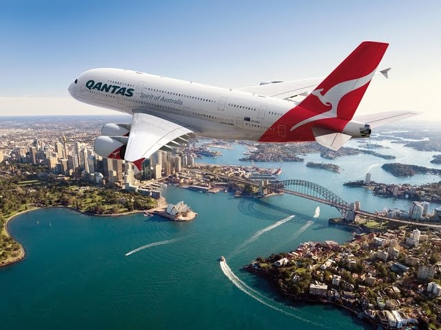เครื่องบินแอร์บัส A380 ของสายการบินแควนตัส : ภาพจาก businesstraveler.com.au